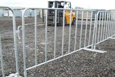 temporary fence barriers